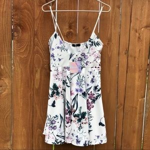 NWT Missguided Floral Dress Size 14